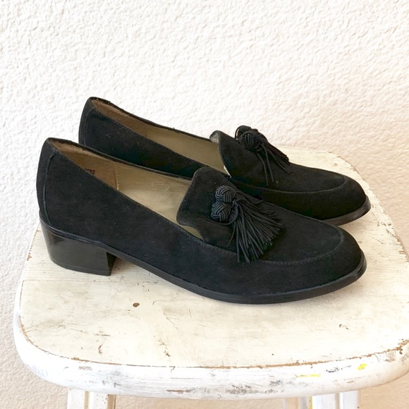 13dc01f352e69 Jones New York Shoes | 90s Leather Tassel Loafer Oxford 6 | Poshmark